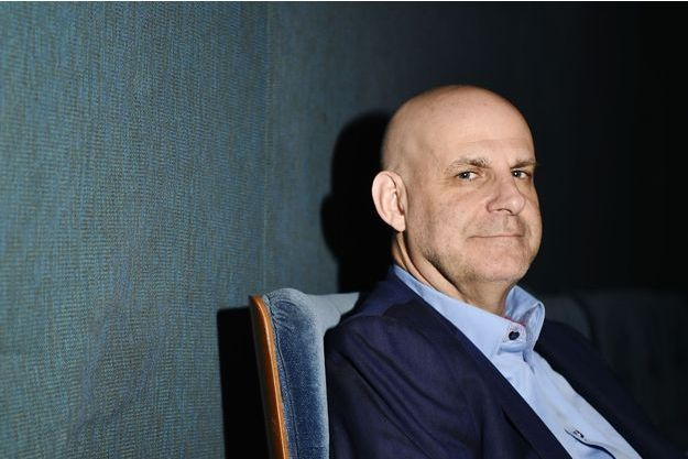 Harlan Coben en avril 2016 à Paris.