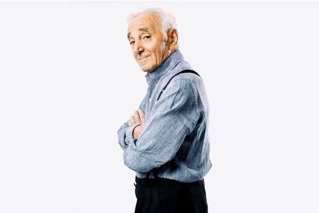 Ses concerts à l'étranger dans l'œil du fisc — Charles Aznavour