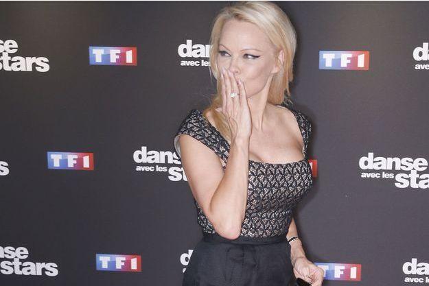 """Pamela Anderson lors de la présentation presse de la saison 9 de """"Danse avec les stars"""" en septembre dernier."""