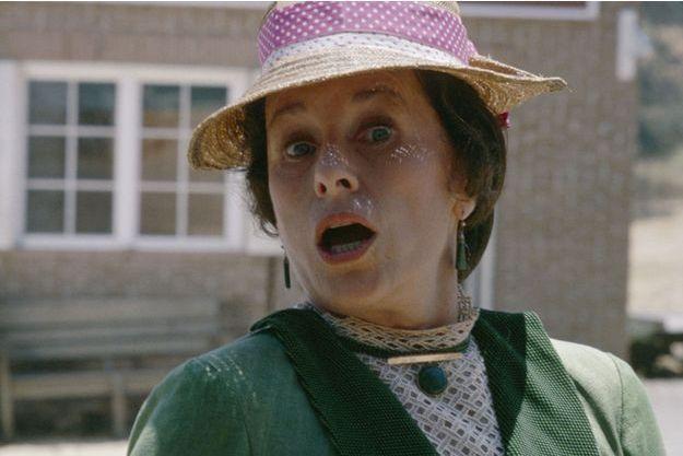 Katherine MacGregor dans le rôle de madame Oleson.