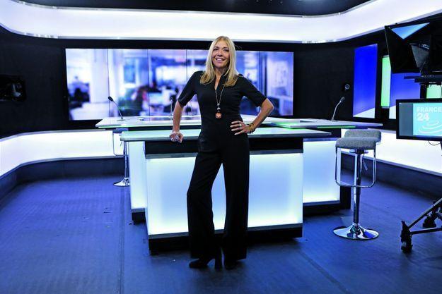 Sur le plateau de France 24 à Bogota, pour le premier anniversaire de la version sud-américaine de la chaîne.