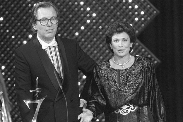 """Jean Lanzi et Anne Sinclair en 1985 lors des """"7 d'Or""""."""