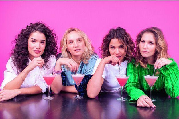 La réalisatrice Noémie Saglio (2e en partant de la gauche), et ses actrices Sabrina Ouazani, Zita Hanrot et Joséphine Drai.