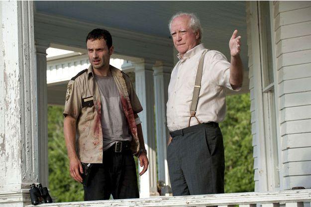 """Andrew Lincoln et Scott Wilson dans """"The Walking Dead""""."""
