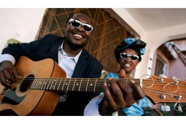Amadou et Mariam, le couple le plus célèbre de Bamako.