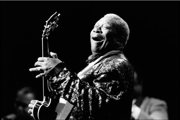 B.B. King en concert en Jazz and Blues Festival à Edimbourg en 1998.