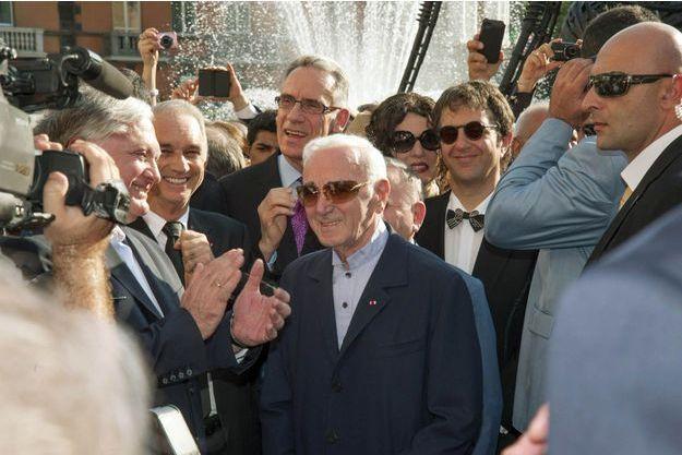 Charles Aznavour à son arrivée à Erevan, en 2013.