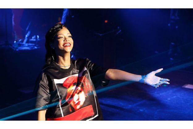 Rihanna, lors du concert privé donné samedi soir à Paris.