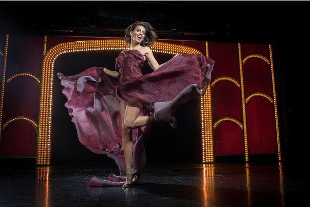 Sur la scène du Lido, à Paris, le 9 octobre. Tal Benyerzi fêtera ses 24 ans le 12 décembre.