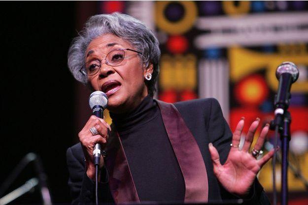 Nancy Wilson en janvier 2007.