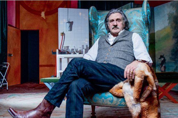 Le comédien retrouve Molière et « Le malade imaginaire » au Théâtre de Paris. Et revient sur presque quarante ans de carrière sur les planches comme au cinéma.