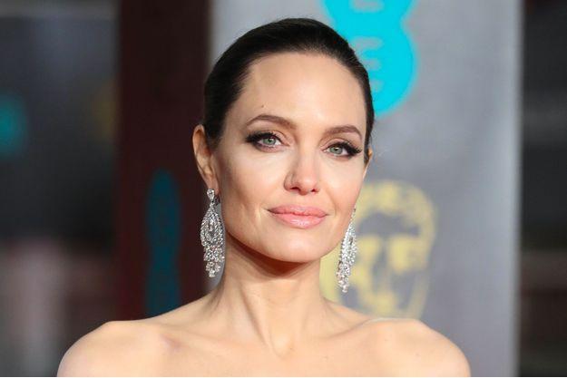 Angelina Jolie à la cérémonie des BAFTA à Londres, le 18 février 2018.
