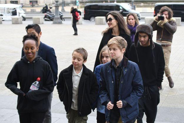 Angelina Jolie et ses enfants à Paris, en janvier 2018