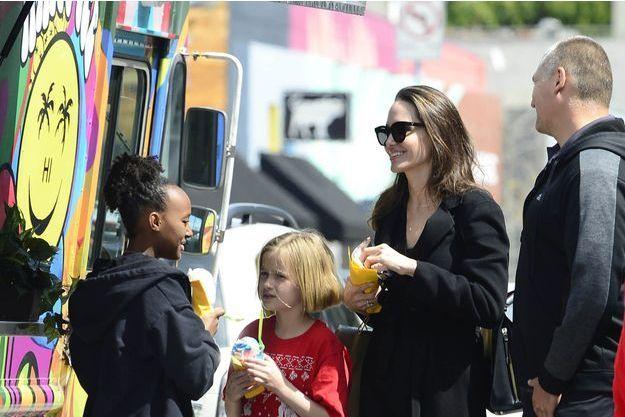 Angelina Jolie avec ses enfants en 2018.