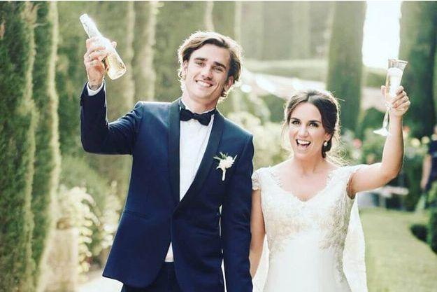 Antoine Griezmann et Erika Choperena, le jour de leur mariage, à Tolède.