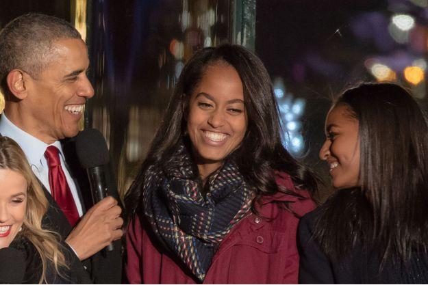 Barack Obama et ses deux filles, Sasha et Malia, en 2015.