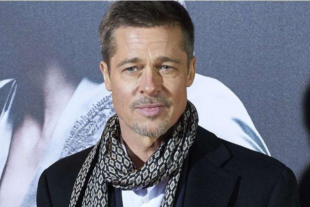 """Brad Pitt lors de l'avant-première d'""""Alliés"""" à Madrid, le 22 novembre 2016."""
