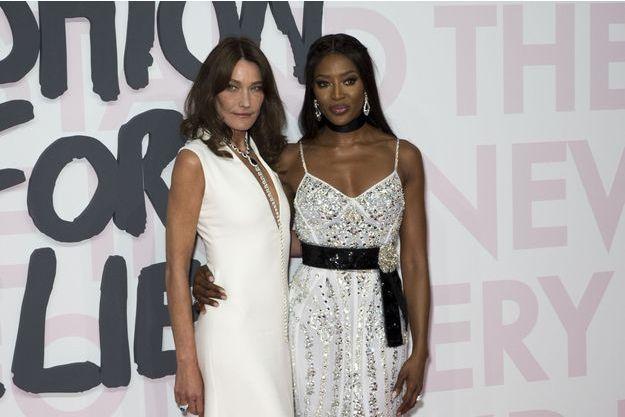 Carla Bruni et Naomi Campbell à Cannes, le 13 mai 2018