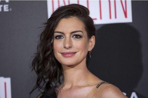 """Anne Hathaway lors de l'avant-première de """"The Intern"""" à New York, le 21 septembre 2015."""