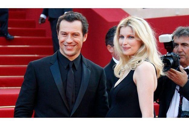 Laetitia Casta a monté les marches de Cannes enceinte.