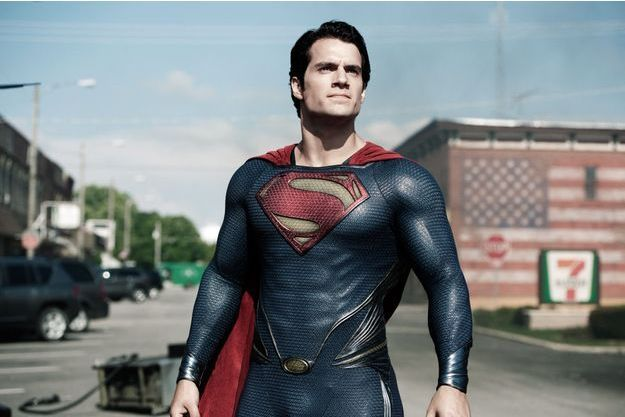 "Henry Cavill incarne le superhéros dans ""Man of Steel""."