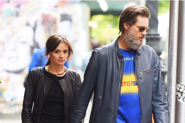 Cathriona White et Jim Carrey dans les rues de New York en mai dernier.