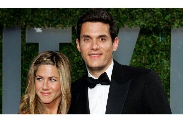 Jennifer Aniston et John Mayer à la fête organisée par Vanity Fair après la cérémonie des Oscars de 2008.