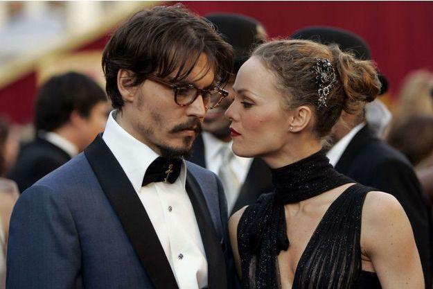 Johnny Depp et Vanessa Paradis à la cérémonie des Oscars en 2005.