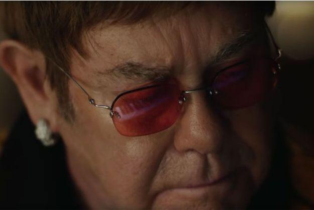 Elton John dans la publicité John Lewis & Partners.