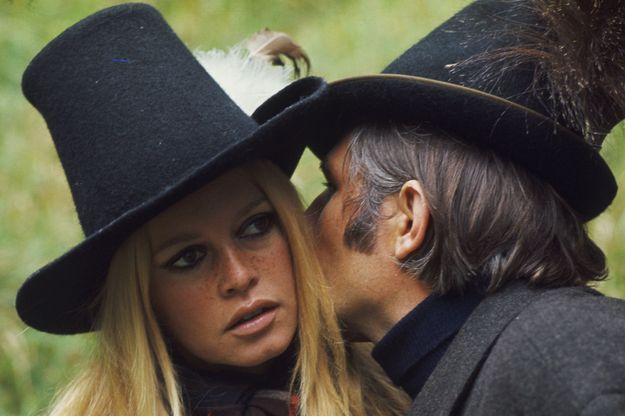 Brigitte Bardot et Gunter Sachs en Bavière, dans la propriété familiale de l'héritier allemand