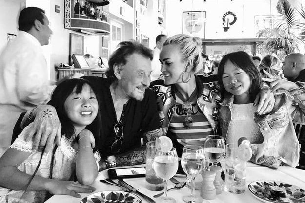 Jade, Johnny, Laeticia et Joy Hallyday.