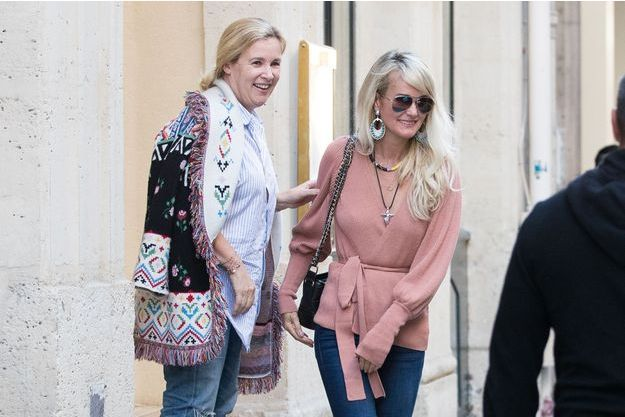 Laeticia Hallyday et Hélène Darroze à Paris le 8 octobre 2018