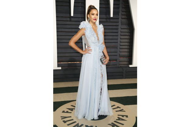 ab3e0155e2 Les plus belles robes des stars de l'année 2017