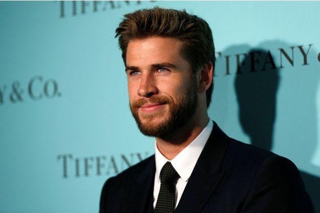 Liam Hemsworth se ressource en famille, loin de Miley Cyrus