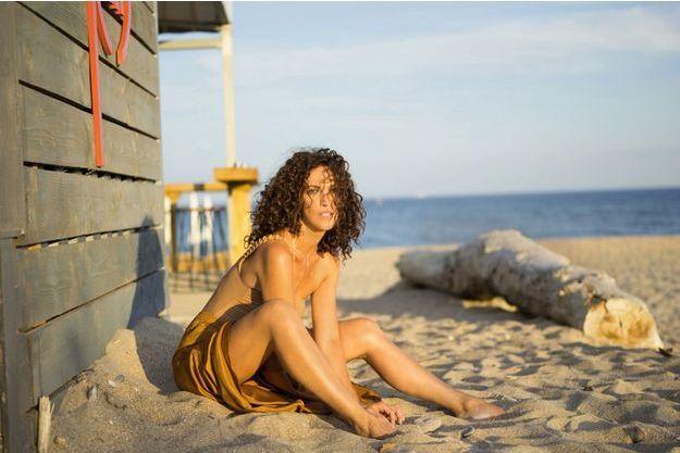 Le 17 juillet, juste une pause sur la plage de Sète, ville où Linda Hardy tourne tout l'été.