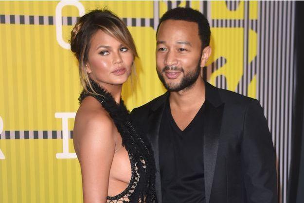 Chrissy Teigen et John Legend aux MTV Video Music Awards le 30 août dernier.