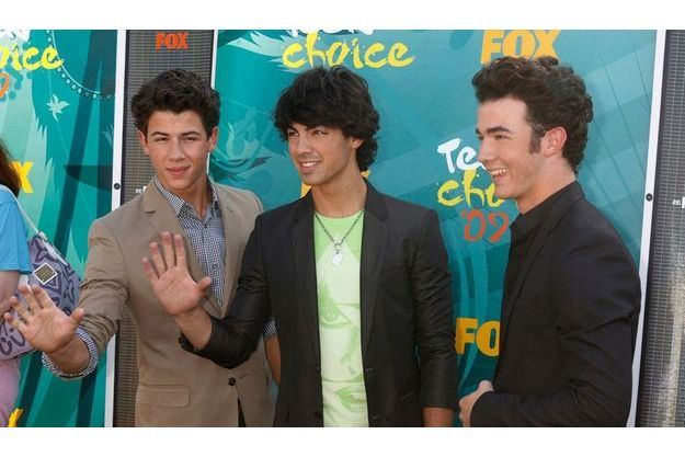 Les Jonas Brothers : Nick, Joe et Kevin.