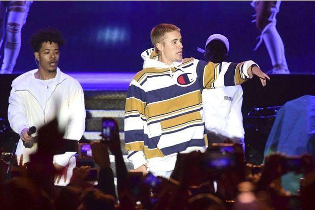 Justin Bieber lors de son concert au V Festival samedi.