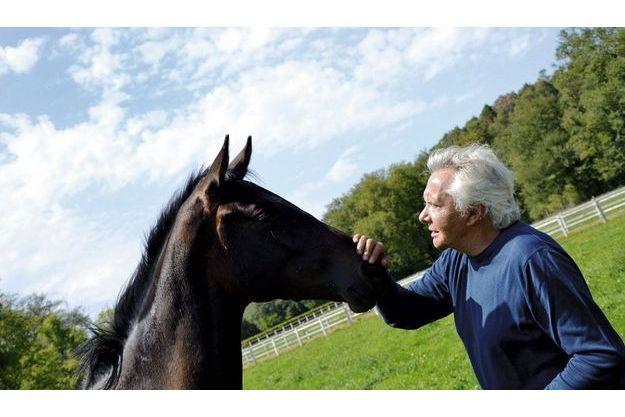 Eté 2011, au haras de Sivola (Allier) avec le pur-sang César de la Haulle de l'élevage de Gilles Trapenard.