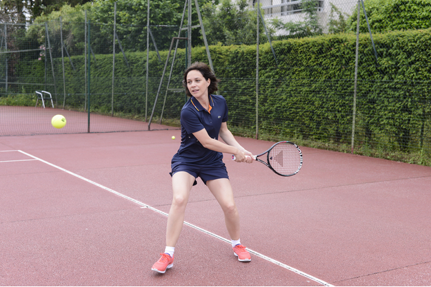 Nathalie Péchalat, ambassadrice de la première raquette pour les femmes