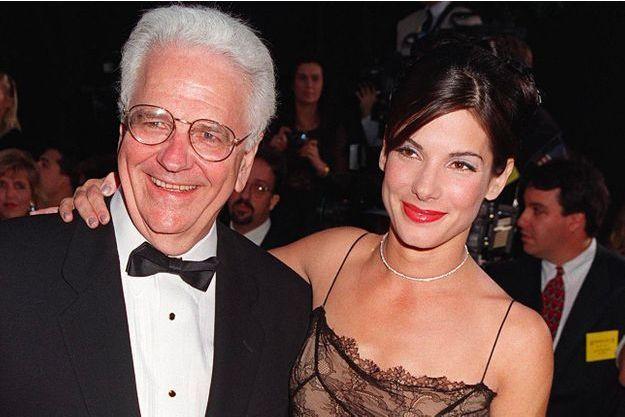 Sandra Bullock et son père en 1996