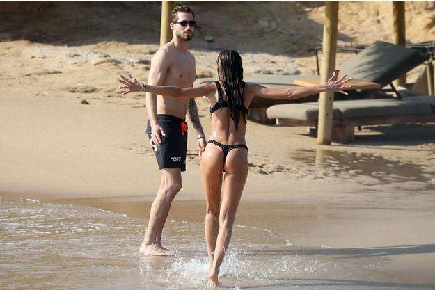 Izabel Goulart et Kevin Trapp en vacances à Mykonos