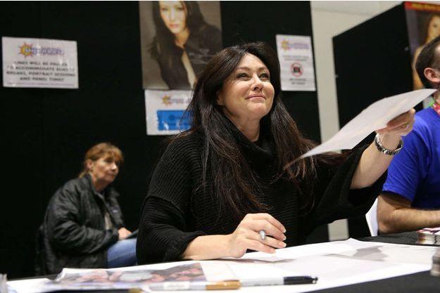 Shannen Doherty garde le sourire en Australie.