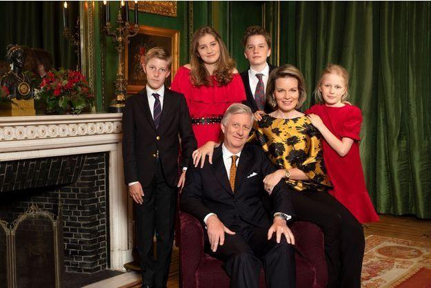 La reine Mathilde, le roi des Belges Philippe et leurs enfants. Photo diffusée le 21 décembre 2018