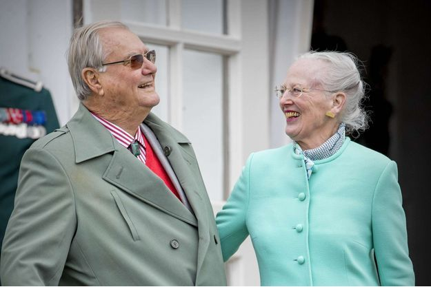 La reine Margrethe II de Danemark avec son mari le prince consort Henrik, le 16 avril 2017