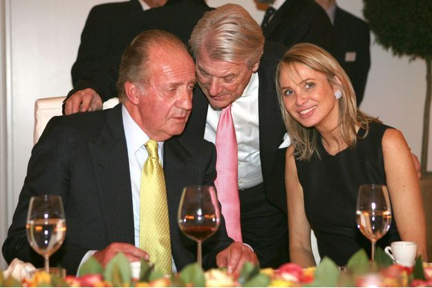La première rencontre entre le roi Juan Carlos et Corinna zu Sayn-Wittgenstein, au cours d'un dîner à Stuttgart, le 2 février 2006.
