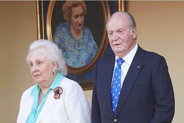 L'infante Pilar et son frère l'ancien roi Juan Carlos d'Espagne à Aranjuez, le 2 juin 2019