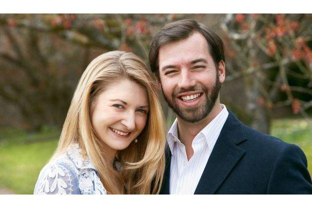 Le prince Guillaume et la comtesse Stéphanie de Lannoy à l'annonce de leur mariage.