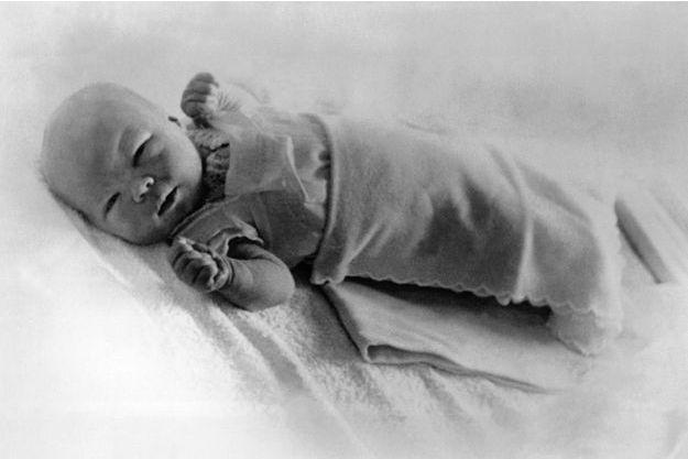 La princesse Beatrix des Pays-Bas à 1 jour, le 1er février 1938