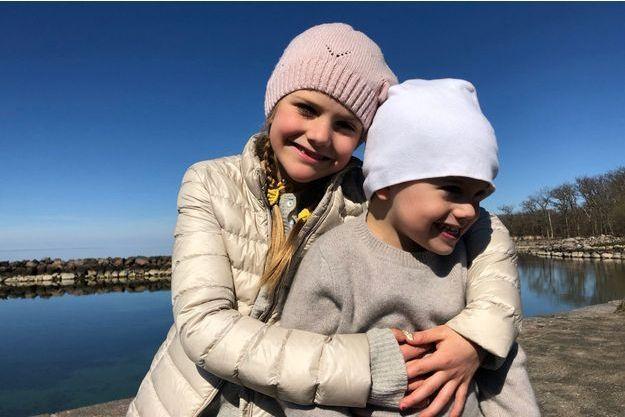 La princesse Estelle et le prince Oscar de Suède sur l'île d'Oland, le week-end de Pâques 2019